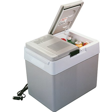 The Koolatron 32-Quart 12V Cooler/Warmer with Split-lid Design