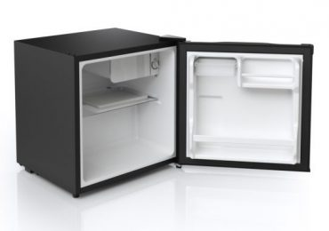 Midea 1.6-Cubic Foot Compact Refrigerator — Detailed Review