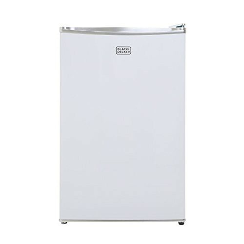 Black and Decker 4.3-Cubic Foot Compact Refrigerator --3