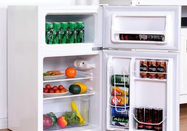 Costway 3.2-Cubic Foot Compact Refrigerator (Double Door) — Extensive Review