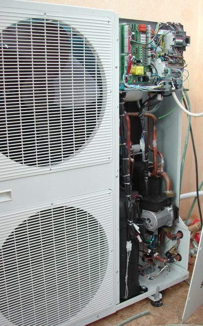 How Does a Heat Pump Resemble a Refrigeration System