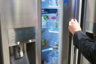 how to connect a Samsung refrigerator to an iPhone