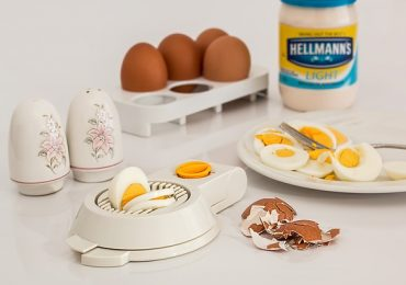 How Long Can You Keep Hard-Boiled Eggs in the Refrigerator?