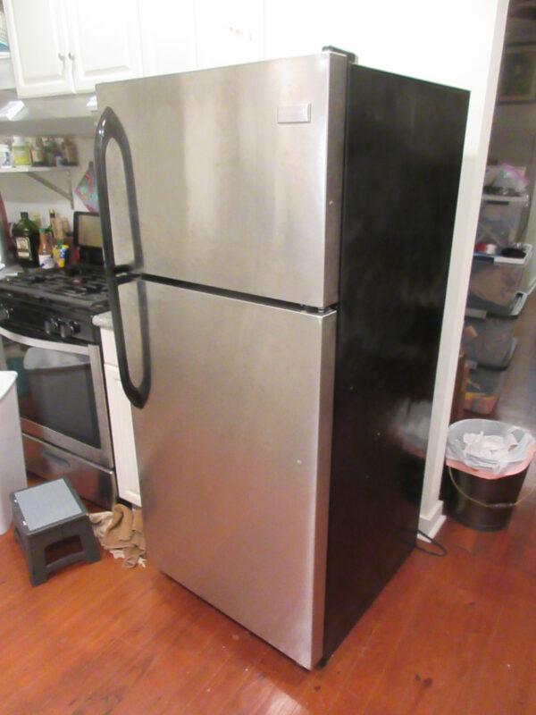 how to reset Frigidaire refrigerator