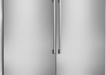 How to Defrost an Electrolux Refrigerator [Detailed Guide]
